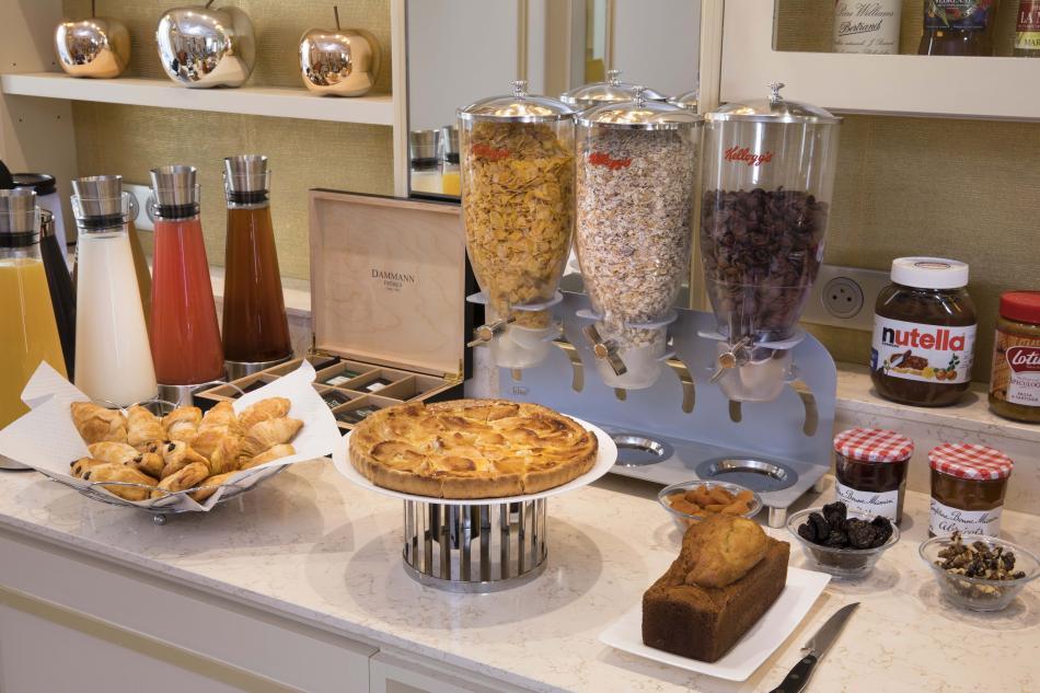Hotel de Suède - breakfast