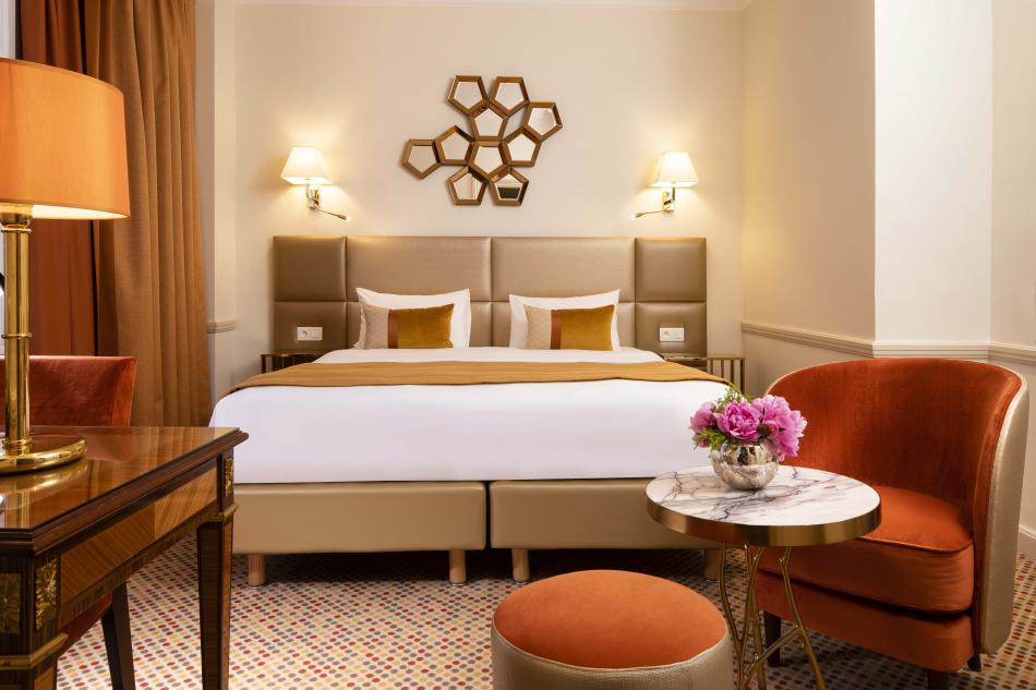 Hotel de Suède - room